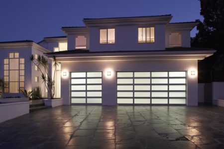 Garage Doors Buying Guide (Home Tips)