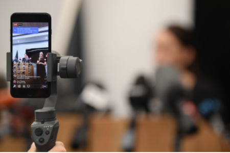 Why You Should Include Live Video in Your Brand's Social Strategy